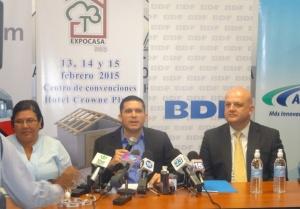 presidio el ing. Hector Lacayo vice-presidente de CADUR.