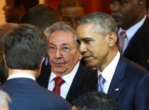 Catro y obama manos