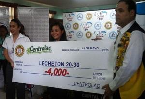 Donación Centrolac a Lechetón