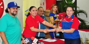 Premiación de la 2da y 3ra carrera del XII Campeonato Nacional  ¼ de milla2