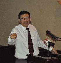 Néstor Avendaño, economista y socio director de Copades. Foto: Ali B. del Castillo | CAWTV