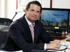 Luis Carlos Sarmiento Gutiérrez.
