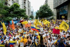 Opositores al gobierno venezolano manifiestan en Caracas el 19 de septiembre de 2015 para respaldar al líder opositor Leopoldo López (AFP | Federico Parra)