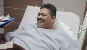 Sin complicaciones y en menos tiempo de lo esperado concluyó la cirugía que médicos de Guadalajara, Jalisco (occidente de México), practicaron hoy a Andrés Moreno, el mexicano que llegó a pesar 444 kilos. EFE