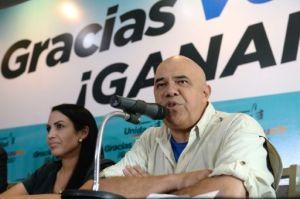Jesús Torrealba, presidente de la MUD, el 8 de diciembre de 2015 en Caracas (AFP/Archivos | Federico Parra)