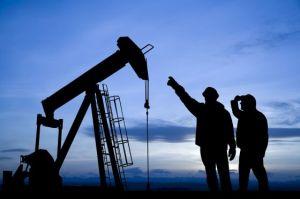 Operarios en un pozo petrolífero / GETTY