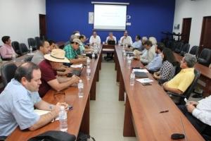 Representantes del sector cárnico, industrial y ganadero acordaron conformar una comisión técnica para buscar soluciones a la problemática que enfrentan.