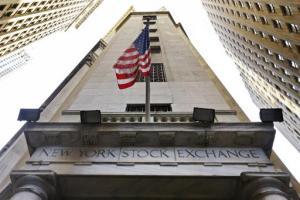 La entrada de la sede de la Bolsa de Valores de Nueva York. Foto tomada el 13 de noviembre del 2015. (AP Photo/Richard Drew)